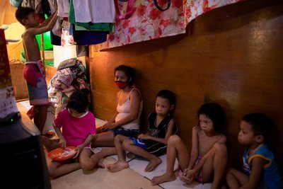 Philippine bishop appeals for food for poor ahead of strict lockdown